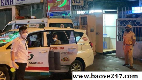 taxi chở bảo vệ kip thời cấp cứu